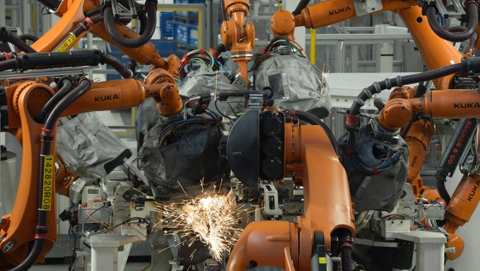 Robot kills worker at Volkswagen production plant in Germany