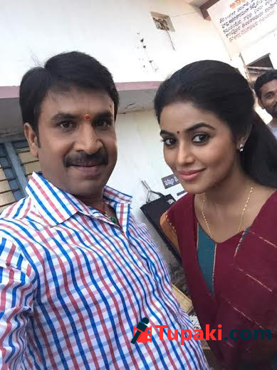 Srinivas reddy next movie with Poorna | Hero Srinivas reddy next