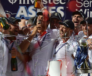 England win the Ashes 2015