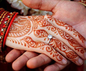 Uttar Pradesh husband helps wife marry lover, sees her off with gifts