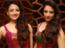 Zoya Afroz Photos (PHOTOS)