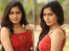 Madhumitha New Photos (PHOTOS)