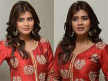 Hebah Patel at Mister Trailer Launch Photos
