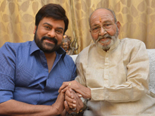 Chiranjeevi Meets K Viswanath Photos
