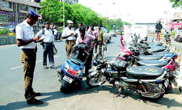 Challan For No Helmet to Car Driver