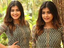 Hebah Patel New Photos