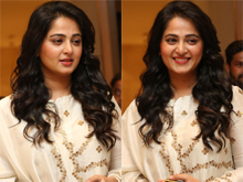 Anushka At Bhaagamathie Pre Release Event Photos