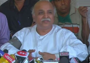 Praveen Togadia Sensational Comments on Central