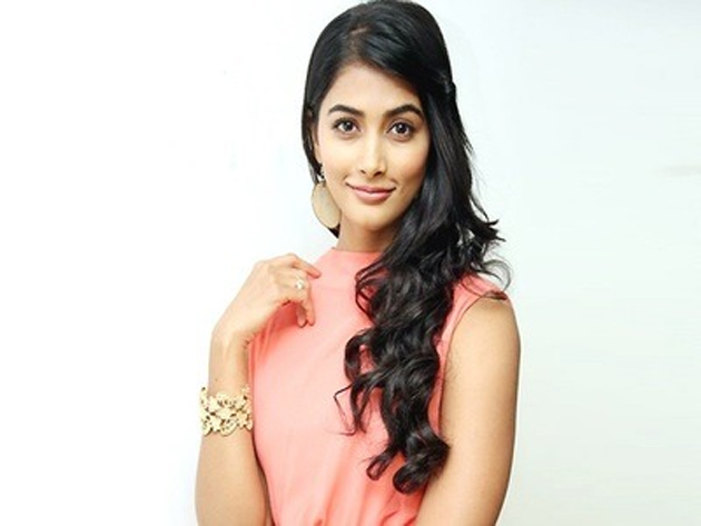 Pooja Hegde As Brahmin Girl In Sakshyam movie