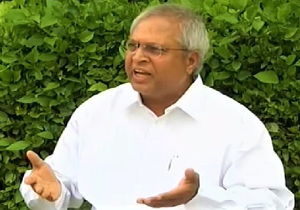 Undavalli Arun Kumar Suggestions to Chandrababu Naidu
