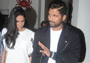 Allu Arjun and Sneha Reddy Spotted in Mumbai