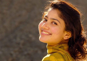 Sai Pallavi plays an auto driver in Maari 2