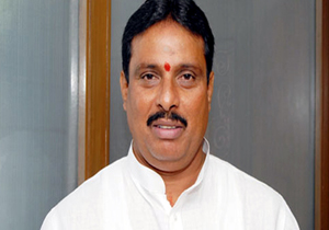 Danam Nagender Quits Congress May Join TRS
