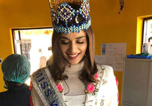 Manushi Chhillar Social Service In South Africa Photos