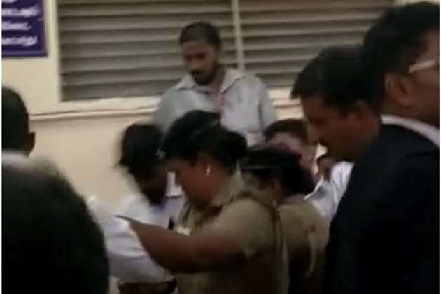 Rape accused thrashed by angry mob of lawyers in Madras HC campus