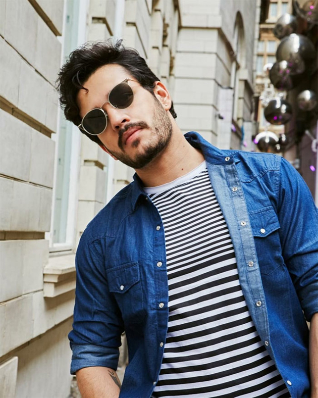 Akhil Roaming At London Streets Photos