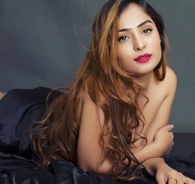 Diya Lamba Bikini Photo Shoot