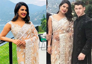 Priyanka Chopra And Nick Jonas Look Regal At Isha Ambani Engagement Party
