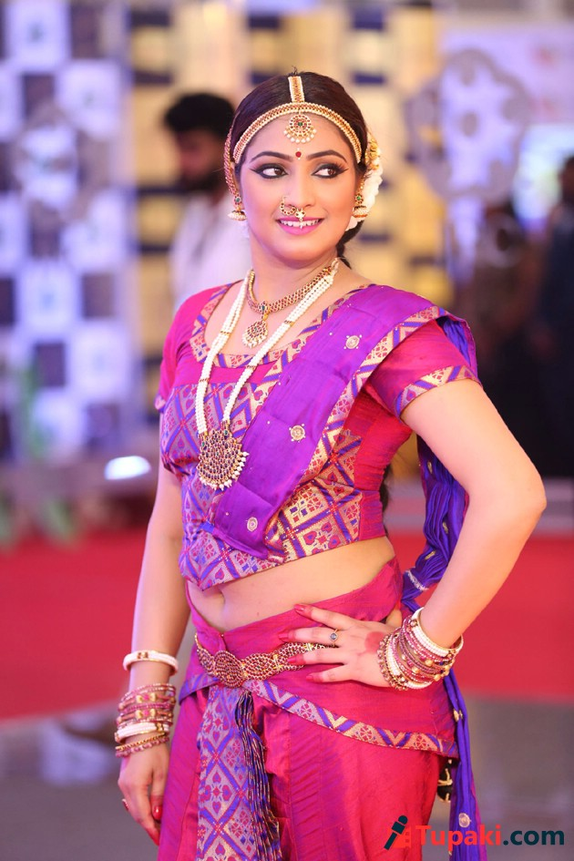 HariPriya at Gaana Mirchi Music Awards South 2018 photos