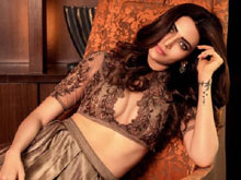Karishma Tanna Photo Shoot for FitLook magazine