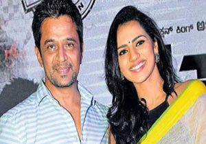 Sruthi Hariharan shares #MeToo story: Arjun Sarja ran his hands up and down my back