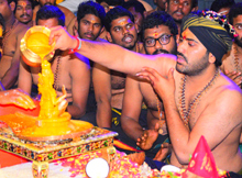 Sharwanand Conduct Ayyappa Swamy Pooja At Film Nagar Temple