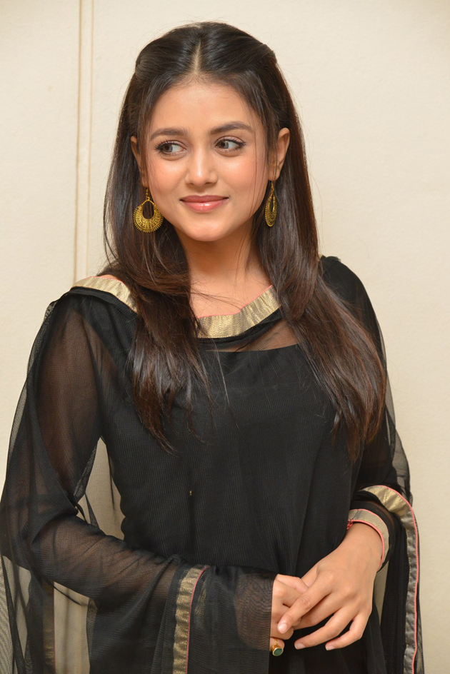 Mishti Chakraborty at Sharaba Press Meet