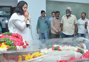 Celebs Condolences to Kodi Ramakrishna Photos