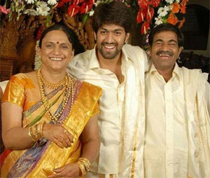 Hero Yash Mother In Rent House Issues