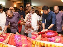 Celebs Condolences to Vijaya Nirmala Photos 01
