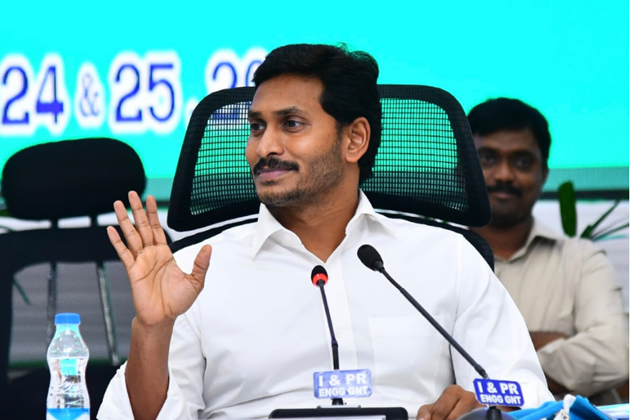 Fitch Warning To Jagan Over PPAs
