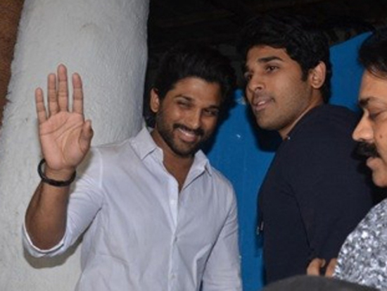 Allu Arjun at Nikhil Advani party Photos