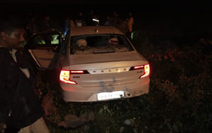 Youth Hero Car Accident And Escaped From Spot