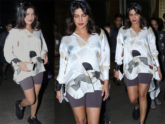 Priyanka Chopra Jonas Spotted At Mumbai Airport