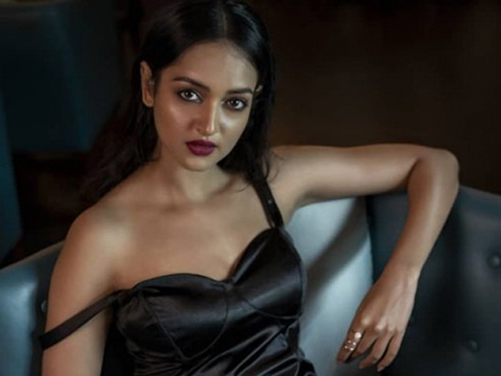 Shanvi Srivastava Photo Shoot