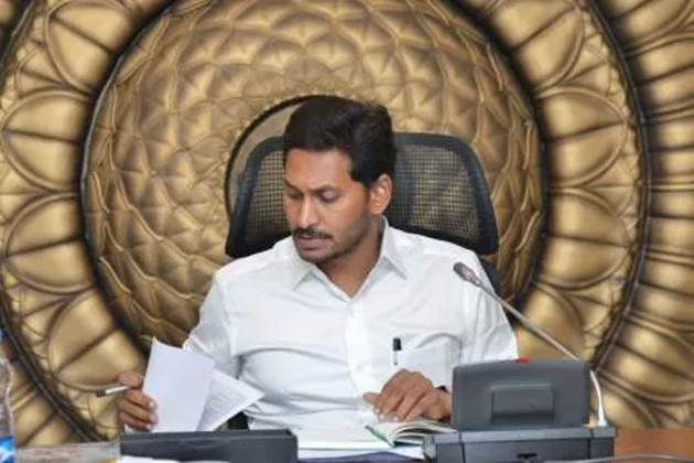 Jagan To Replace Old APSRTC Buses With New Buses