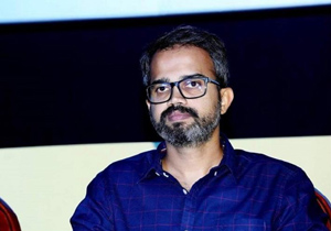 KGF Director Doing Movie With Mahesh Or Ntr