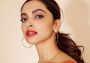 Photo Story: Deepika In Red Dress Super Hot