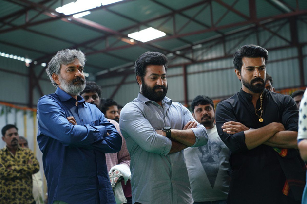Rajamouli Not Confirm On about #RRR Movie Release Date