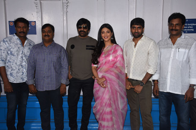 Ravi Teja KRACK Movie Launched Grandly