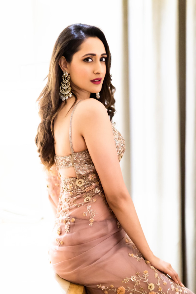 Latest Pictures of Pragya Jaiswal
