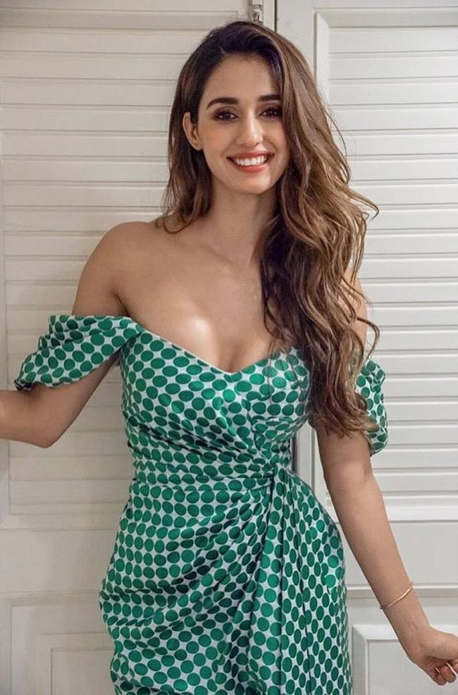 Disha Patani Sizzling Pictures