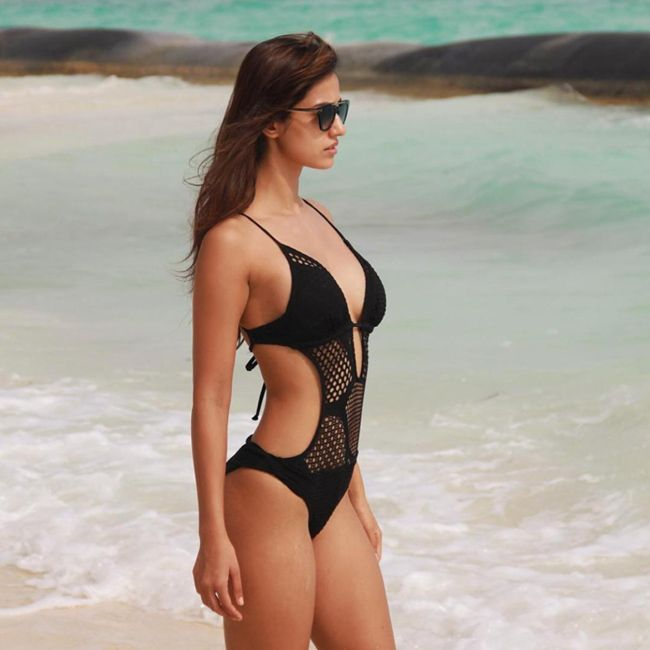 Malanga Actress Disha Patani Beach Pics