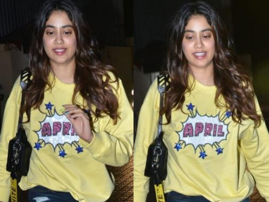 Janhvi Kapoor Shows Up In sweatshirt At Bhoot Screening