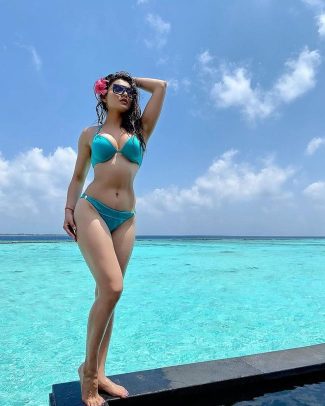 Urvashi Rautela recent Photos