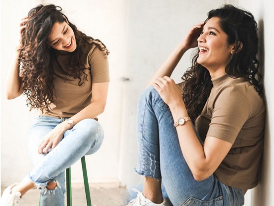 Ritika Singh Adorable Poses