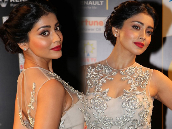 Shriya Saran Stunning Photoclicks