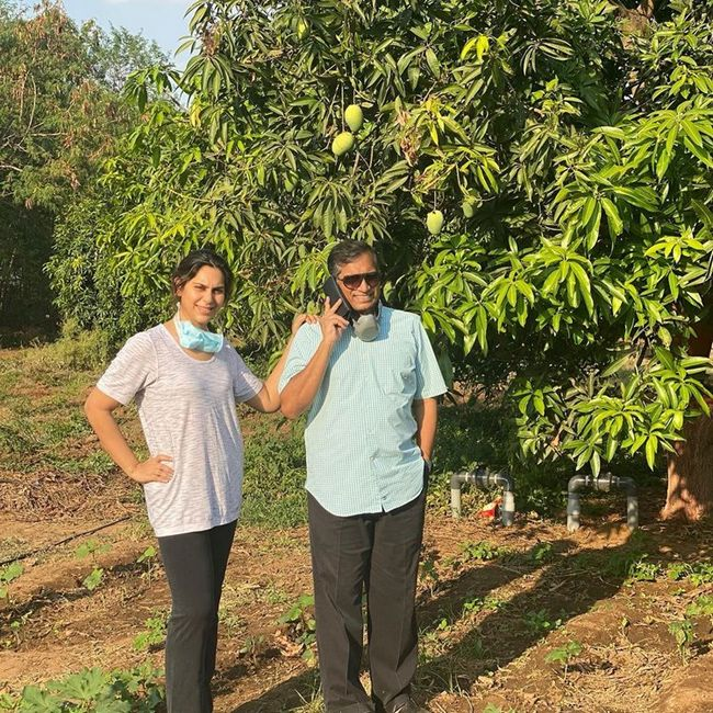 Upasana Time Spends With her dad At their farm