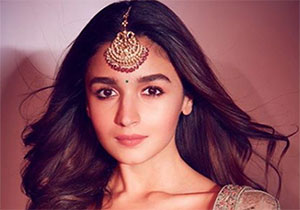 Alia Bhatt stood second in most famous female celebrity in country