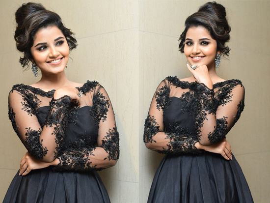 Anupama Parameswaran Beauty Clicks